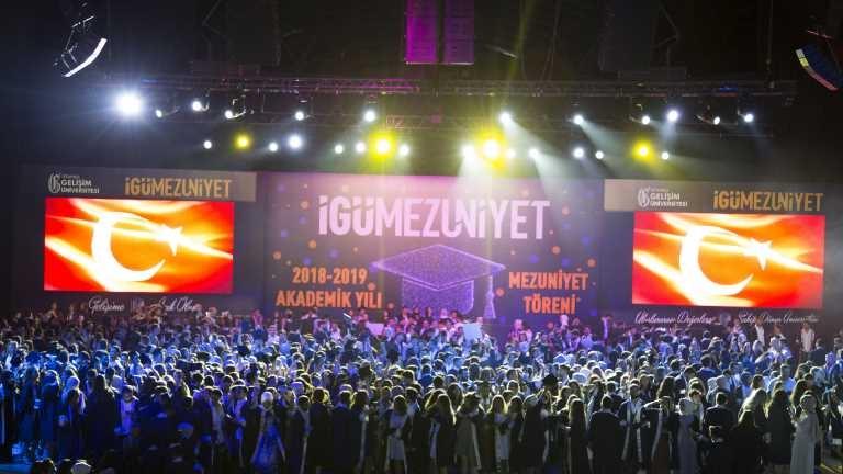 İstanbul Gelişim Üniversitesi 2019 Mezuniyet