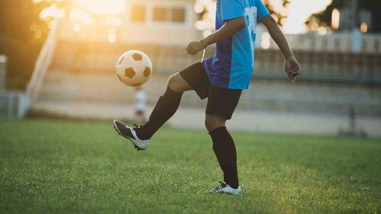 İyi beslenen futbolcunun sakatlanma riski düşük