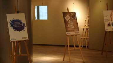 Photograph exhibition against wasting from students