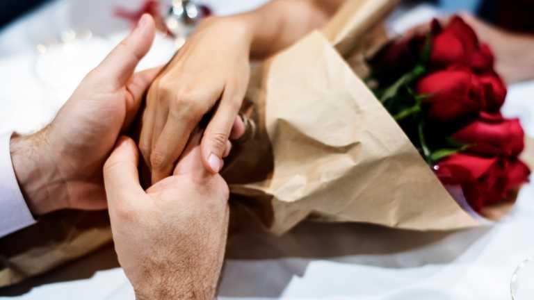 Dünyada evliler Türkiye'de ise bekârlar mutlu
