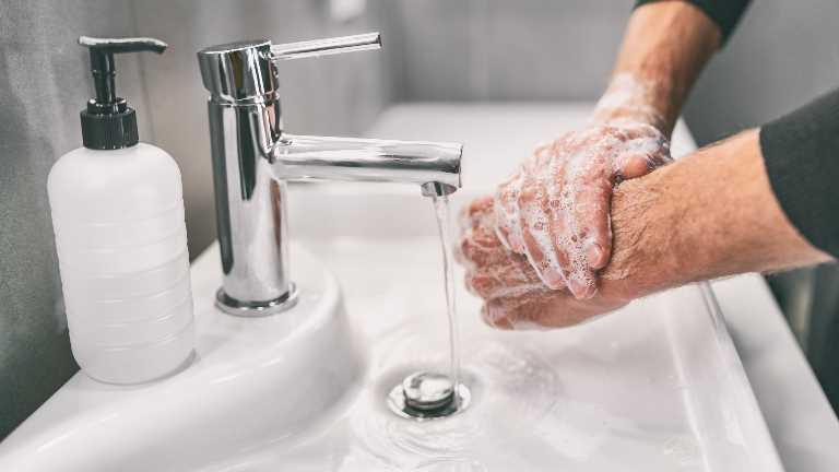 Temizlikte özel bir ürün kullanımı gerekmiyor