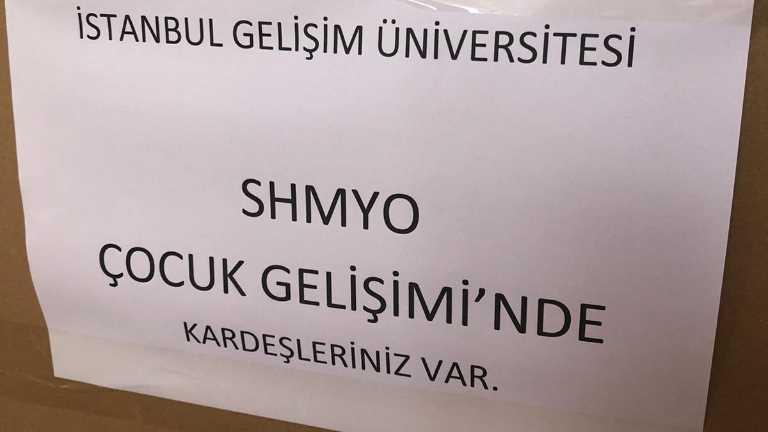 Çocuk Gelişimi Öğrencileri İzmir Depremzedelerine Yardım Gönderdi
