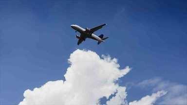 Pistten çıkan uçakta incelemeler devam ediyor