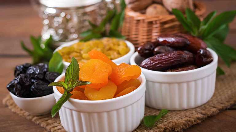 Healthy eating tips during Ramadan from the specialist