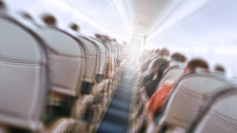 The Expert evaluates plane crashes
