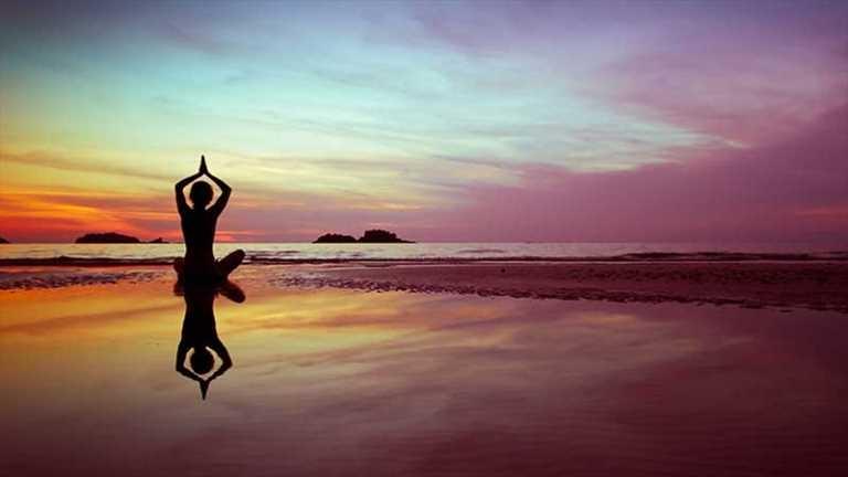 """15 kişiye """"International Yoga Expert"""" sertifikası"""