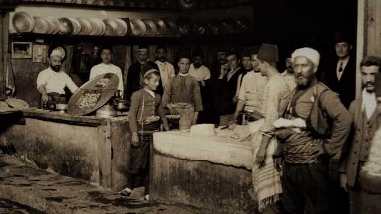 İstanbul'un Gastronomi Tarihindeki Seyyar Mesleklerin Seyri