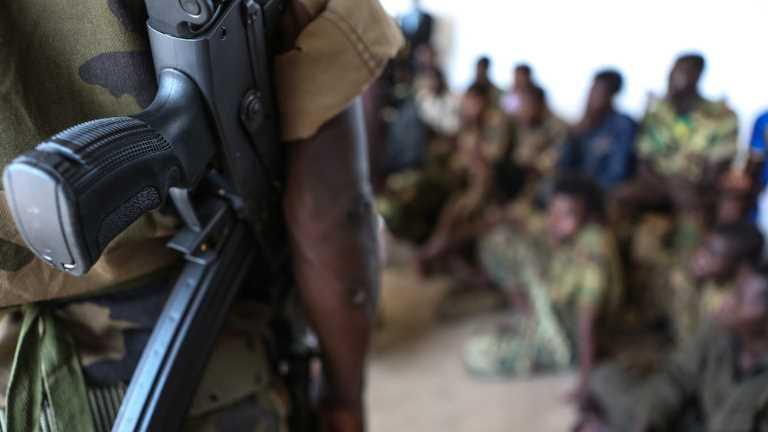 BM ve AB, Çocukların Silahlı Gruplara Dahil Edilmesi ve Çatışmalarda Kullanılmasının COVİD Riski ile Körüklendiği Konusunda Uyarıda Bulundu